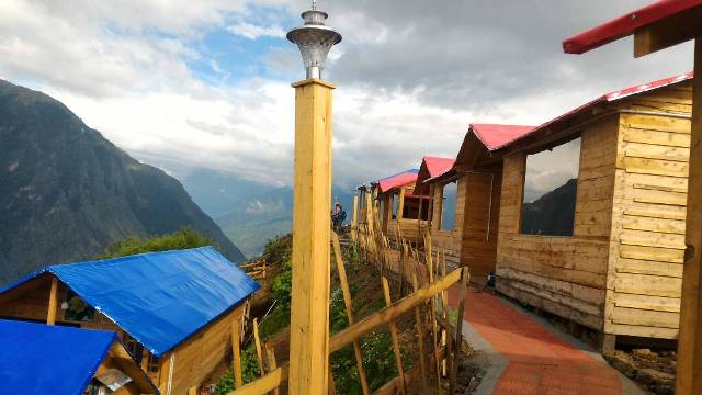 Blue Poppy Resort Auli