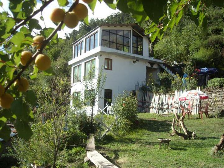 XRA Cottage Auli